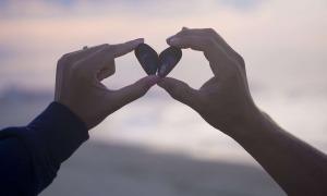 Trắc nghiệm: Bạn mong muốn điều gì trong một mối quan hệ?