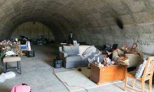 Hầm ngầm trú ẩn - sản phẩm của 'kẻ buôn nỗi sợ' trong thời thảm họa