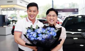 Bạn trai tặng xe hơi cho Don Nguyễn