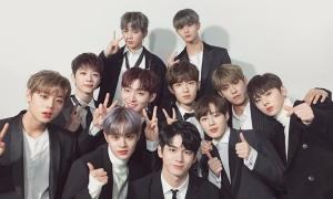 Fan cuồng chi 10.000 USD cho 18 tháng hoạt động của Wanna One