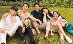 'Gia đình hoa dâm bụt' ủng hộ Hương Giang và Matt Liu 'về chung nhà'