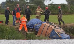 Thi thể người đàn ông mất tích 29 năm được tìm thấy dưới sông