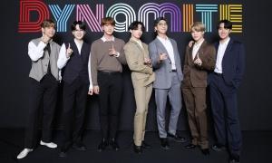 BTS khoe visual tại họp báo ăn mừng No.1 Billboard Hot 100