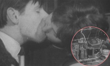 Máy đo mức độ nồng nàn của nụ hôn