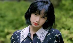 Fan nói Lisa giảm độ nổi tiếng ở Trung Quốc vì bị YG 'lợi dụng'