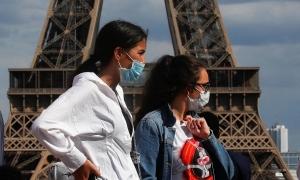 Pháp ghi nhận ca nhiễm nCoV theo ngày tăng kỷ lục với hơn 10.000 người