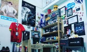 Căn phòng 3m2 ngập hình thần tượng của 'fan cuồng' Sơn Tùng M-TP