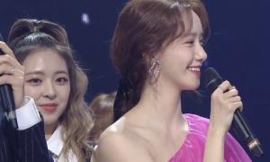 Yoona 'chặt đẹp' các mỹ nhân nhà JYP khi chung khung hình