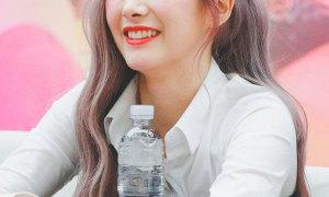 Gọi tên 9 idol Kpop có nụ cười duyên dáng