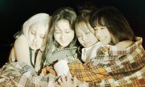 Black Pink lập kỷ lục album khủng nhưng netizen nghi ngờ YG 'nổ to'