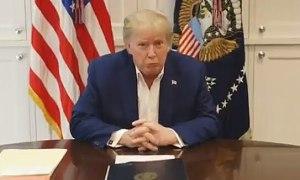 Nhà Trắng bị nghi ngờ cắt bỏ tiếng ho của Trump