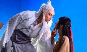 'Hồ ly chín đuôi' Isaac không chỉ hôn mà còn có cảnh nóng với Jun Vũ trong MV mới