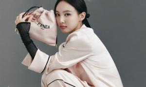 Na Yeon bị chê chụp tạp chí thảm họa, 'không có cửa' so với Jennie