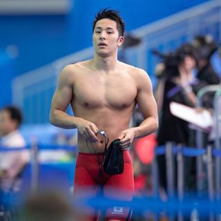 Nam thần bơi lội Nhật Bản bị đình chỉ thi đấu vì... ngoại tình