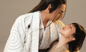 Jun Vũ thêm 'cuồng' Isaac sau 20 lần diễn cảnh hôn