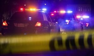 Bé 3 tuổi chết trong tiệc sinh nhật khi nghịch súng của người thân