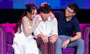 Teen chuyên Sư phạm phản ánh áp lực học đường qua vở kịch giàu cảm xúc