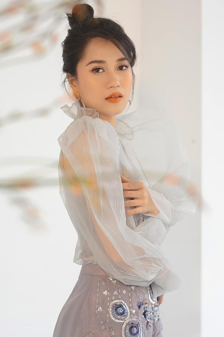 Lộ bảng cát-xê đóng quảng cáo của loạt sao Việt: Thu Trang đứng đầu, Lâm Vỹ Dạ ở mức khủng?