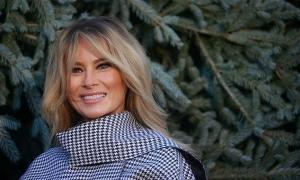 Melania tự biến mình thành biểu tượng sau 4 năm ở Nhà Trắng