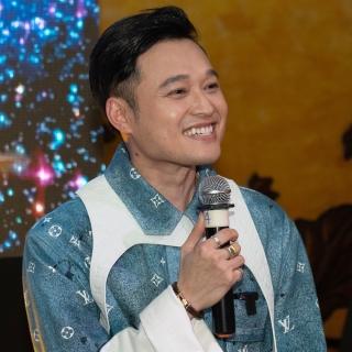 'Hoàng tử sơn ca' Quang Vinh 'hồi sinh' qua MV 2 tỷ đồng