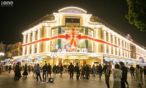 Không khí Giáng sinh tràn ngập khắp ngõ ngách Hà Nội