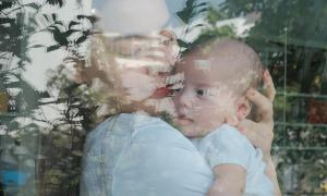 Hà Hồ được khen đẻ khéo: Con gái hệt mẹ, con trai 'như đúc' với cha