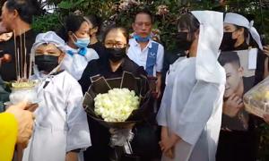 Lễ an táng Vân Quang Long ở Đồng Tháp: Nỗi đau chưa thể nguôi ngoai