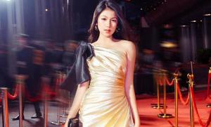 Con gái 16 tuổi của Lưu Thiên Hương có khí chất 'hoa hậu tương lai'