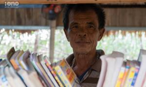 Lão nông 75 tuổi xây thư viện, mở sân chơi miễn phí cho trẻ nhỏ
