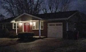 Bé 11 tuổi tìm thấy bố mẹ chết trong nhà vì Covid-19