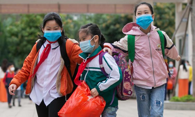 Học sinh Xuân Phương hớn hở quay lại trường sau kỳ nghỉ dài