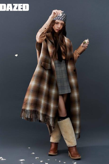 Những lần diện Dior xứng tầm đại sứ thương hiệu của Ji Soo