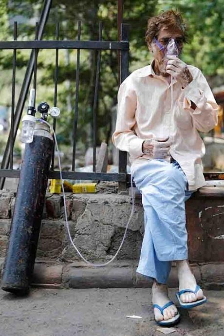 Tang thương phủ khắp Ấn Độ vì Covid-19
