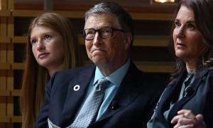 Con gái Bill Gates tiết lộ gia đình 'đang trong thời điểm khó khăn'