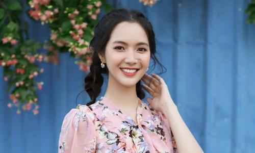 Jang Mi khoe nhan sắc trong veo