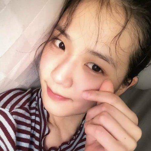 Mặt mộc của Ji Soo gây ngỡ ngàng vì 'trẻ đẹp hơn cả khi trang điểm'