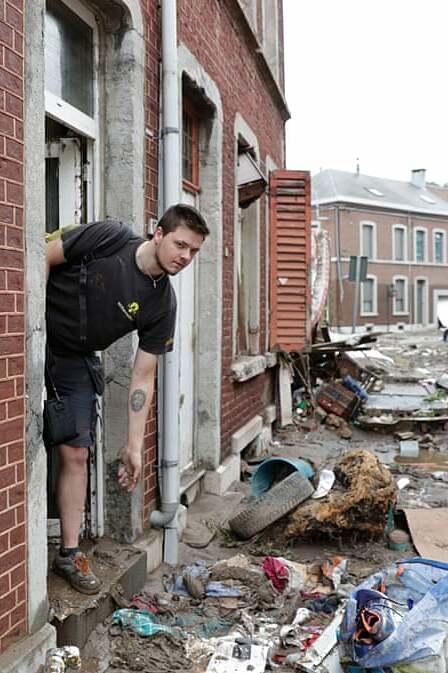 Cảnh tượng thảm khốc sau trận lũ lịch sử ở Đức