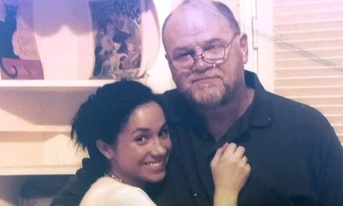 Bố Meghan dọa kiện con gái vì không được gặp cháu