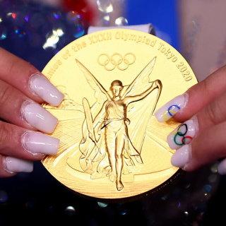 Huy chương Olympic có thể bán không và được bao nhiêu tiền?