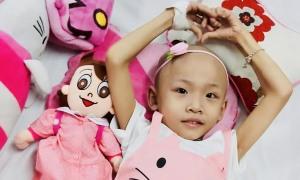 Ý chí kiên cường của cô bé 8 tuổi bị ung thư xương, phải cắt bỏ một chân