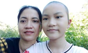 Cuộc chiến của cô bé 11 tuổi ung thư buồng trứng