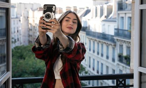 'Emily in Paris' tung teaser đầu tiên cho phần 2